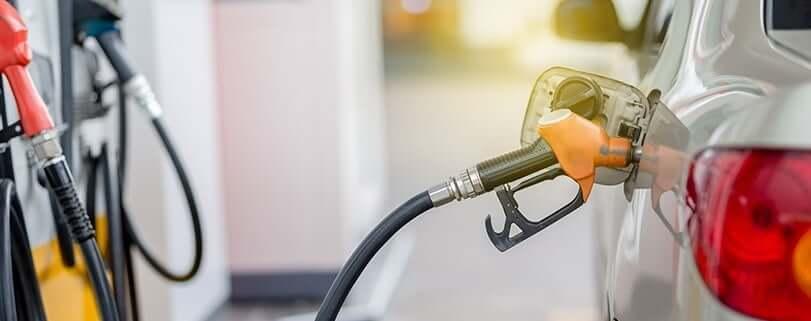 Economizar gasolina é possível Veja algumas dicas para reduzir o consumo geracao automoveis - Dicas para poupar combustível: Conheça as 7 melhores
